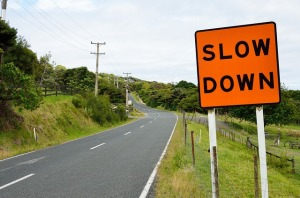 A slow down sign